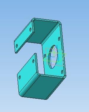 17.Деталь кронштейн в 3D