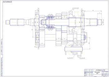 Чертеж компоновки КПП. На чертеже указаны все размеры конструкции, которые отличаются от размеров на предыдущем чертеже. Выполнены некоторые местные разрезы (формат А1)
